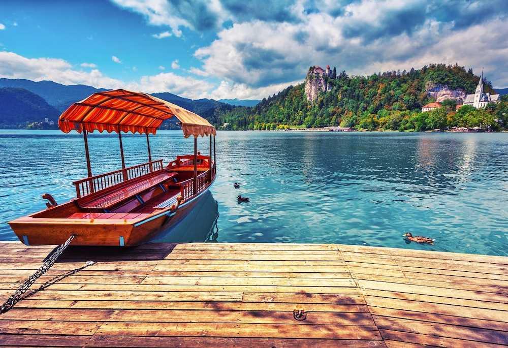 Ljubljana & lake bled day trip from zagreb