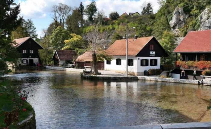 Split to Zagreb Private Transfer via Plitvice Lakes | Croatia Private Tours
