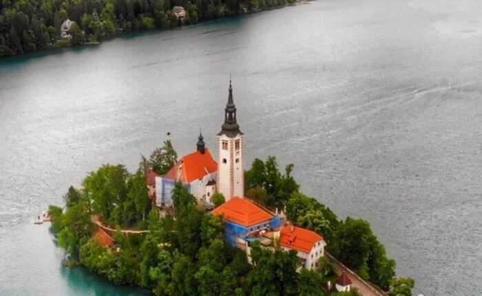 croatia private tours - lake bled