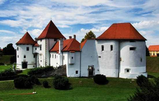 trakošćan castle day trip