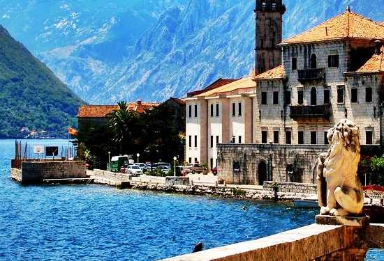 montenegro private tour with village of perast